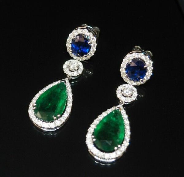 Emerald blue sapphire earring