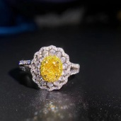 Yellow diamond oval